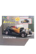 Revell 32'FORD STREET ROD AmigoPack